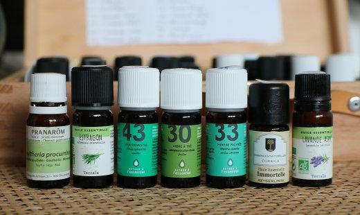 7 huiles essentielles pour les bobos du quotidien