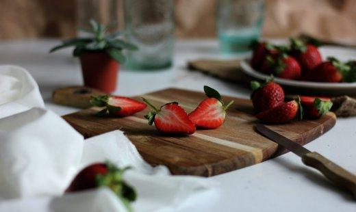 Astuce zéro déchet: Sirop de queues de fraises